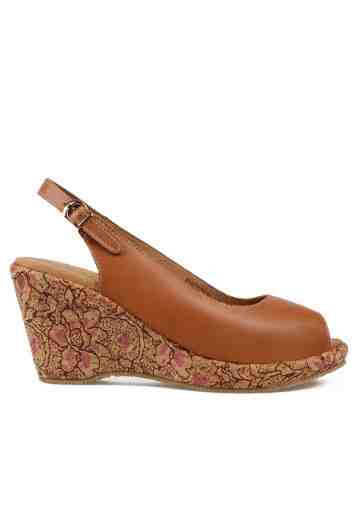Selestia Peep Toe Wedges Light Brown