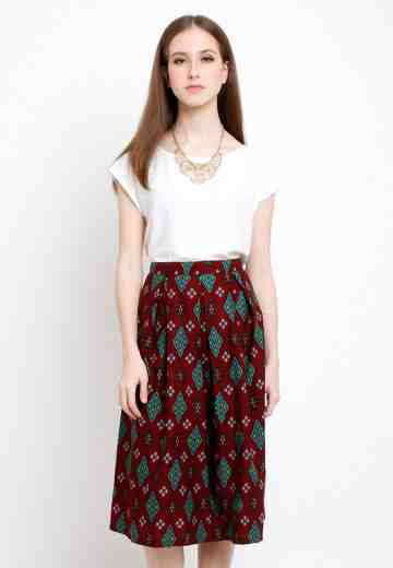 Dila Skirt in Red image