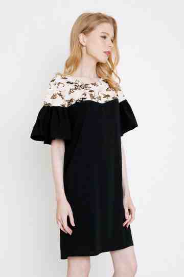 Jacy Dress in Black image
