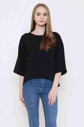 Sora Top in Black image