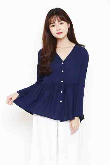 Raline Top in Navy image