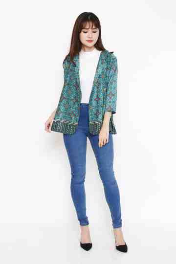 Gilda Outer in Green image