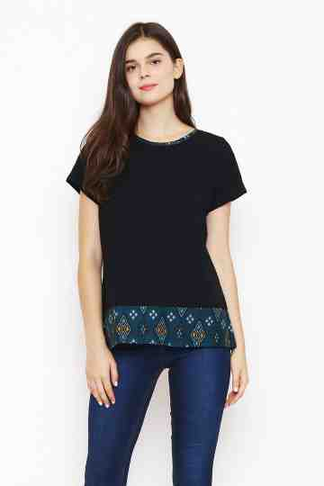Dila Top in Black image