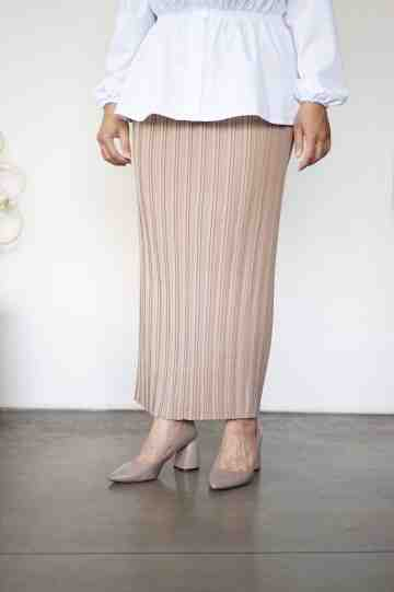 linea pleat skirt khaky image