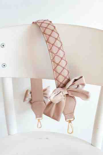 Mini Dior Bow - Pink image