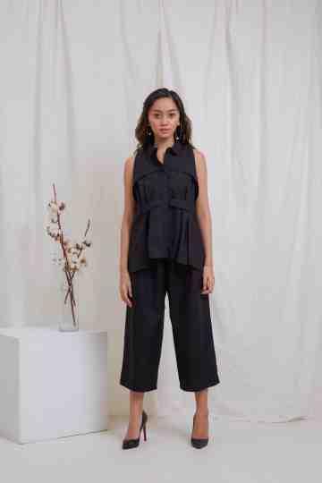 Black Sleeveless Juno Top