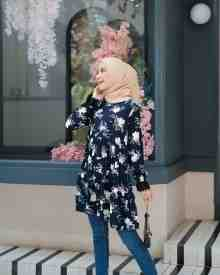 Aisha Tunik Floral Navy - size S (REJECT)
