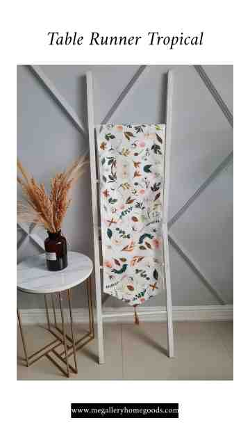 Table Runner Tropical 10