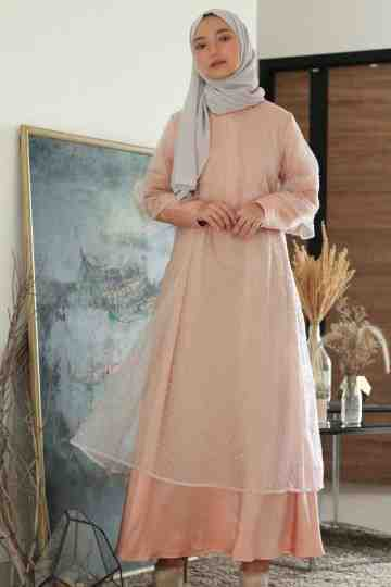 Aisly Dress - Peach