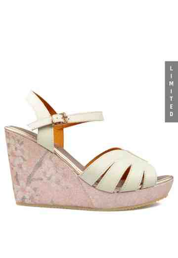 Yuri Wedges Sandals Broken White