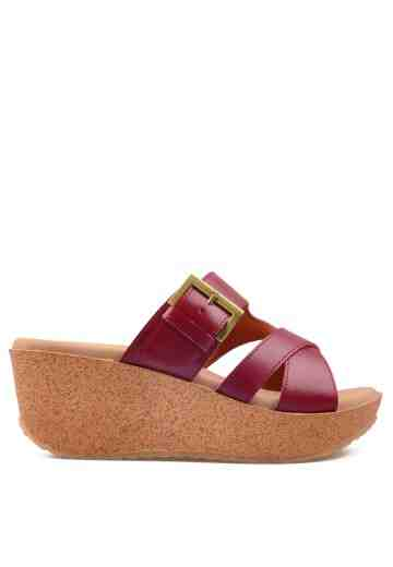 Cindy Wedges Sandals Maroon