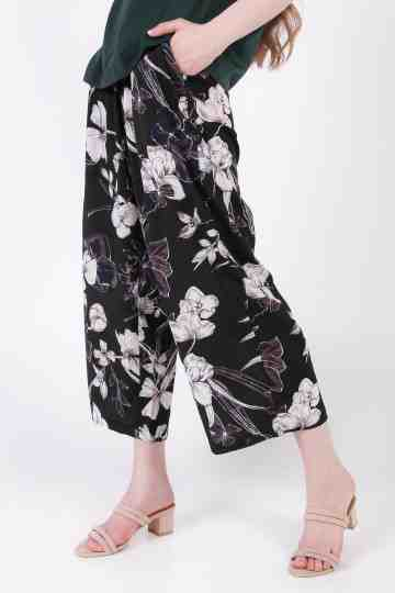 12527 Flower Print Flare Pant