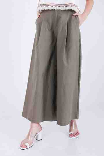 Nydia Flare Pant