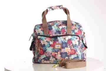Cute floral travel bag series image