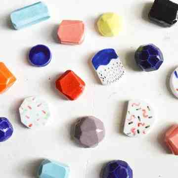 04 May 2019 | Painting on Ceramic Beads