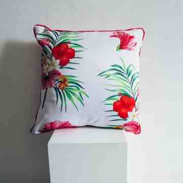 Lumikasa Sarung Bantal Flower of Paradise