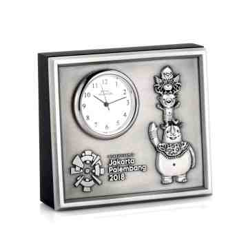 Royal Selangor Table Clock