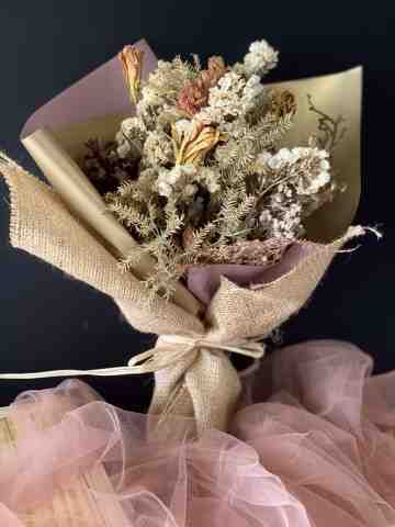 Melanie Dried Bouquet