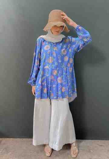 NIKI TOP ROYAL BLUE (BUSUI FRIENDLY) image