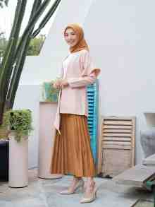 KAMILA OUTER BLUSH SIZE XL DEFECT