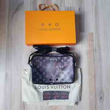 Louis Vuitton Galaxy Messenger Bag