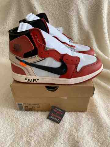 Air Jordan 1 Retro High Off White Chicago