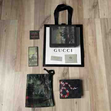 Gucci Kingsnake Short Wallet Black
