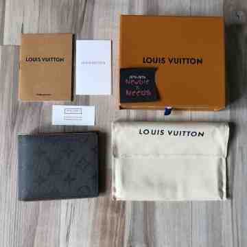 LV Titanium Short Wallet