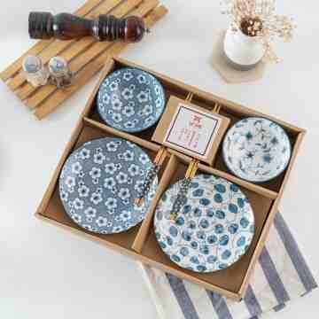 UCHII Exclusive Ceramic Dinnerware Gift Set Box | Parcel Makan Keramik Flower image