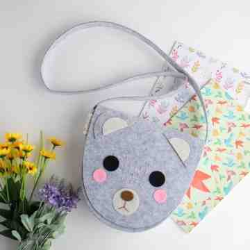 UCHII Felt Kitten Sling Bag Girl Medium| Tas Selempang Wanita Kain Kid image