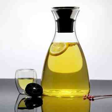 UCHII Exclusive Glass Beverage Carafe w/ Lid | Water Jug - Botol Kaca image