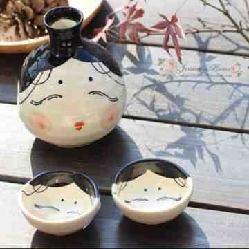 UCHII Exclusive Japanese Sake Set Ceramic Bottle Cup Minoyaki Girl Gift Box image