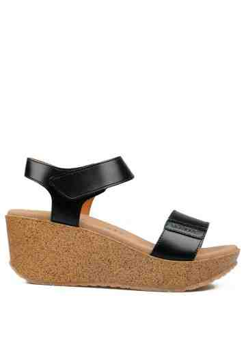 Bella Wedges Sandals Black