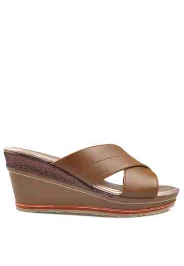Melissa Wedges Sandals Brown