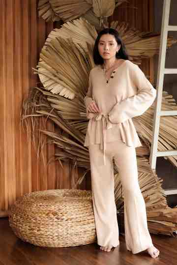 Knit set in Biscuit Beige image