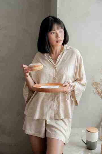 Kimono Lounge set in Biscuit Beige image