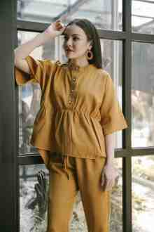 YVOONE TOP IN MUSTARD