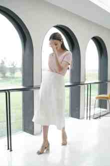 LEII SKIRT IN PEARL WHITE (po week 2 feb)