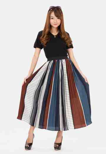 Mix Line Long Skirt in navy image
