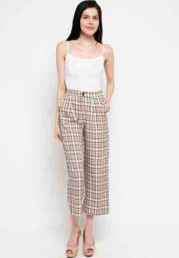 Gingham Fake Button Culotte Pants in Cream image