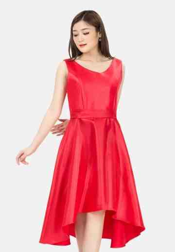Tailed Belt Sleeveless Dress in Red image