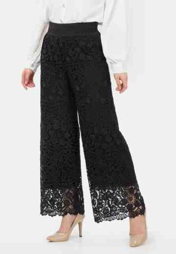 Lace Culotte Pants in Black image