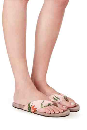 """Cupid Floral"" Printed Fabric Thong Sandals"