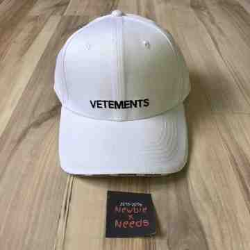 Vetements Front Logo Cap White